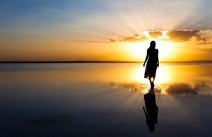 Los ángeles que nos ayudan en la vida cotidiana: quiénes son y de qué manera intervienen