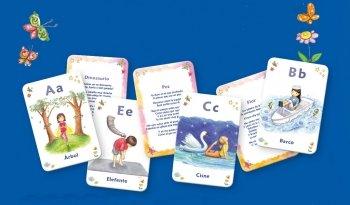 ¡Han llegado las cartas para enseñar Yoga a los niños de forma divertida! [+ regalo para colorear]